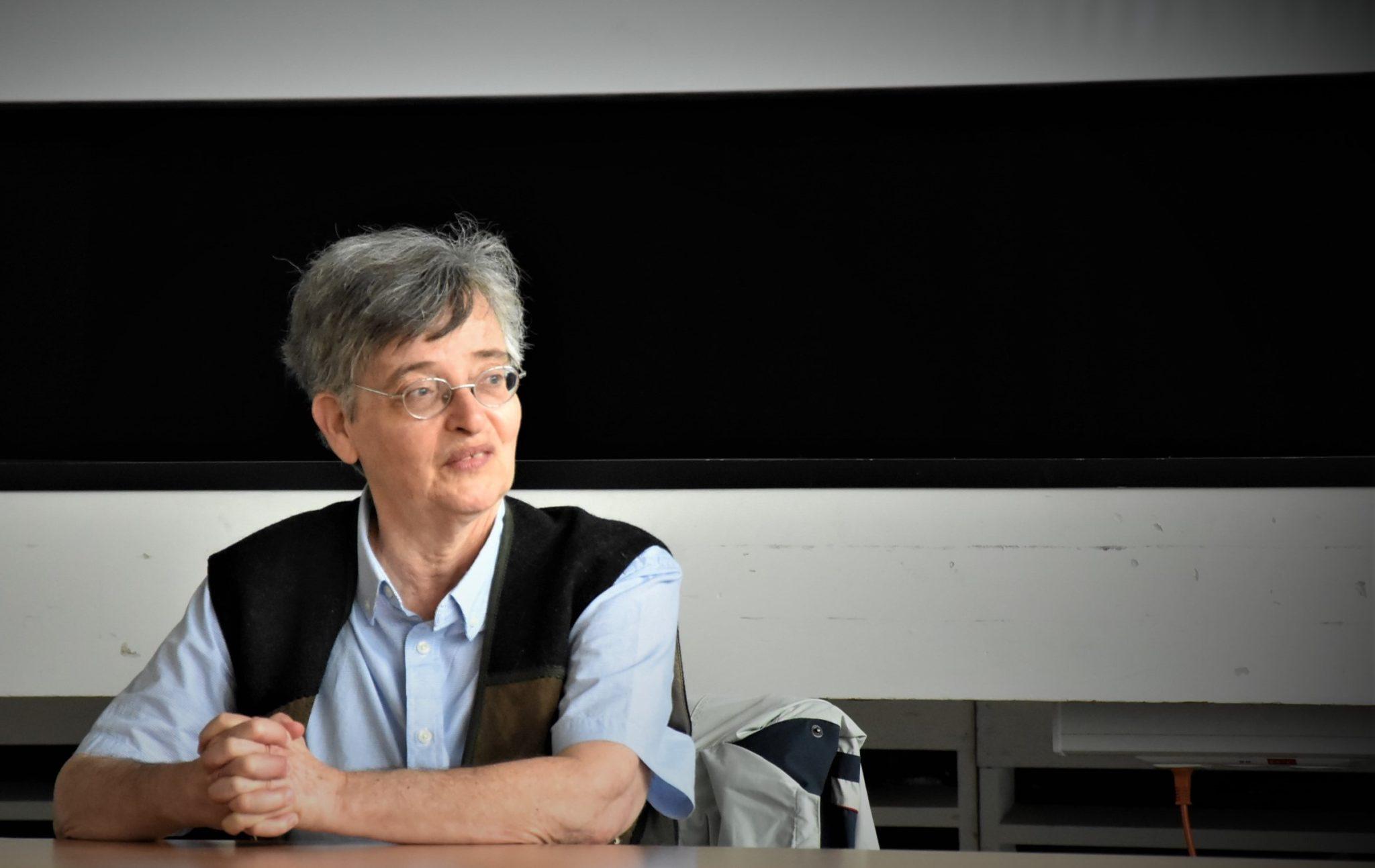 Vera Meyer spricht zur jüdischen Geschichte